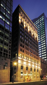Luxury Grand Hotel Downtown Minneapolis