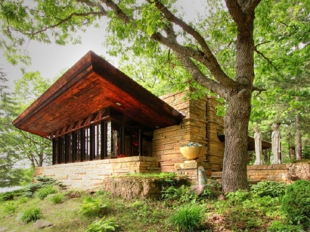 Historic Frank Lloyd Wright Estate for Sale in Stillwater